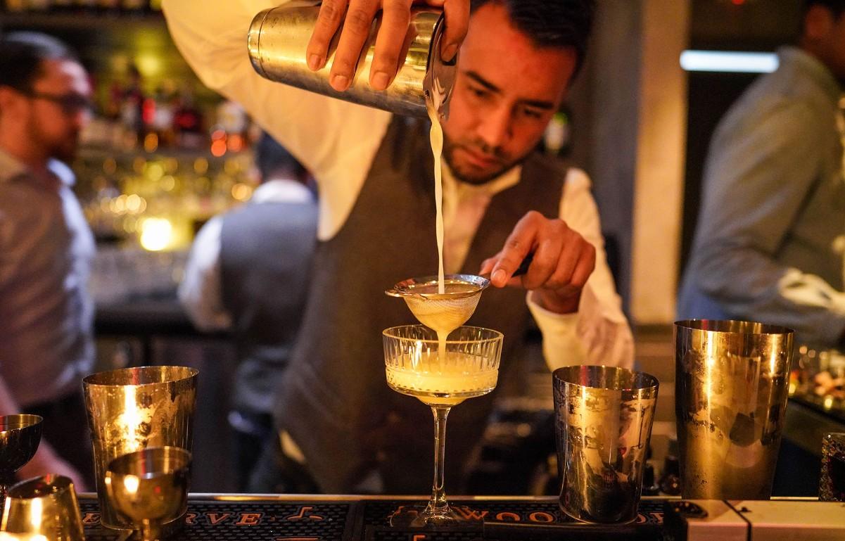 Salt cocktail bar and restaurant opens in Rosslyn, Arlington, VA